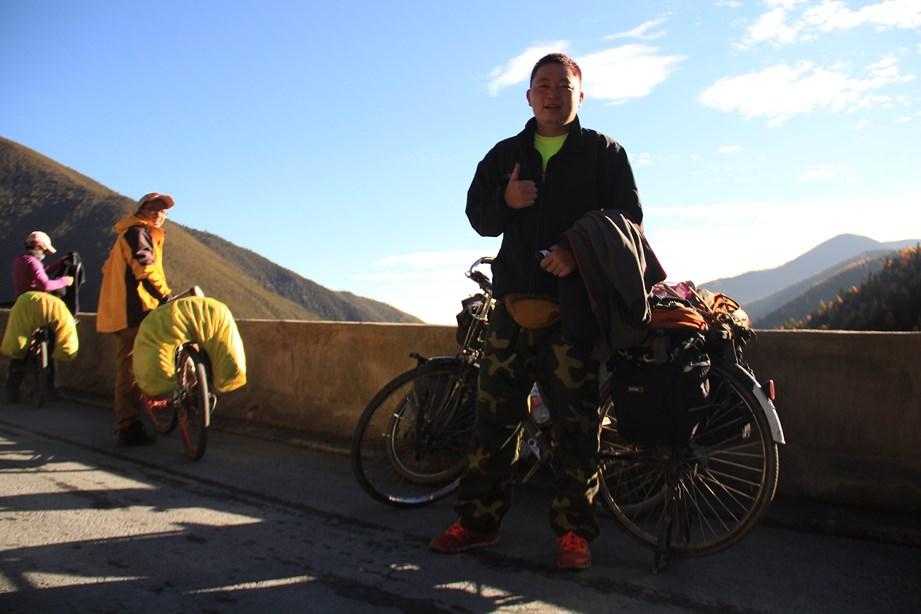 Cycliste_chine_tibet