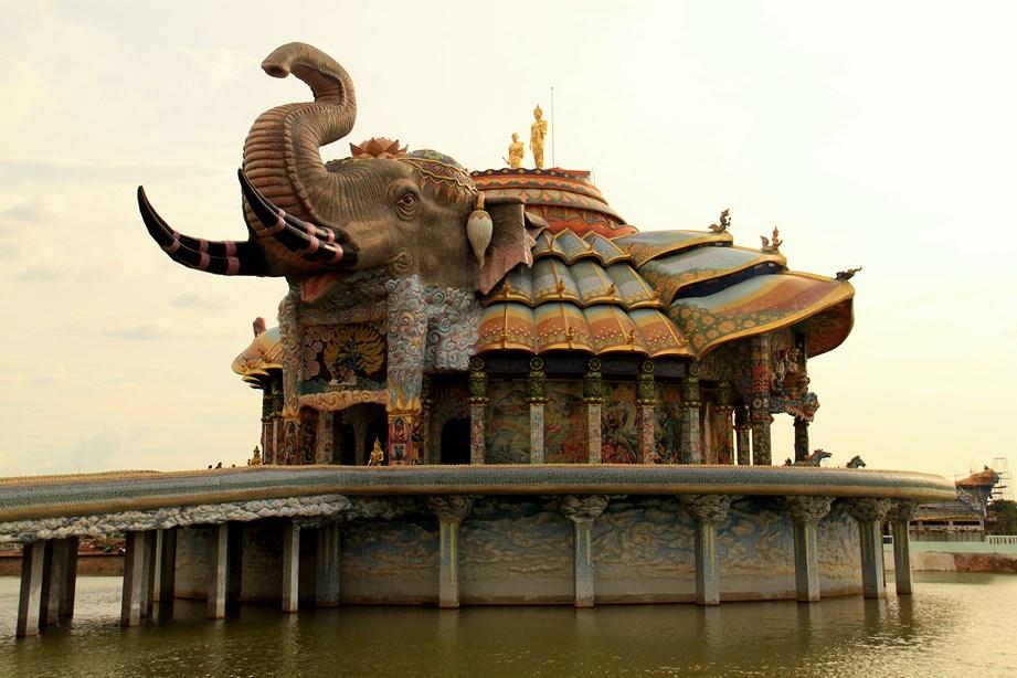 Un des plus beau temple que j'ai vu durant le voyage et assurément le plus surprenant!