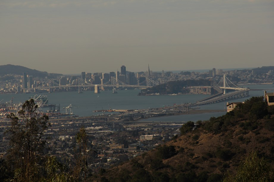 Dernier regard sur la ville et sur l'Océan